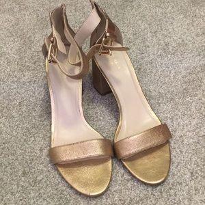 Cole Haan gold block heeled sandals sz 9.5